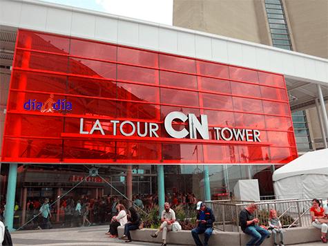 Entrada a la Cn Tower, una de las principales atracciones turísticas de Toronto