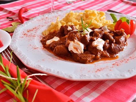 Goulash húngaro